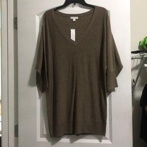 NewYork & Company brown sweater